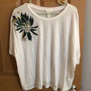 H&M boxy white tee with floral embellishment